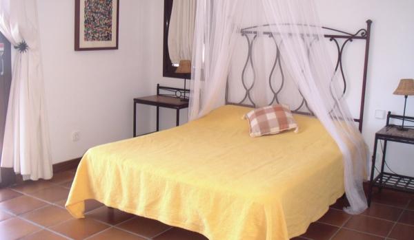 600x350-Bedroom
