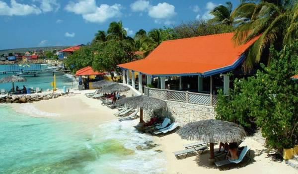 600x350-Bonaire-Divi-Hotel-Strand