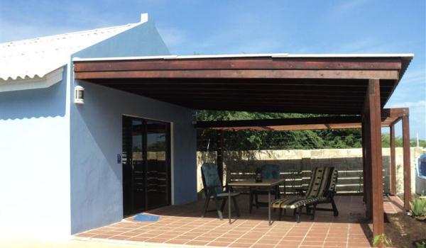 600x350-Bonaire-RoRo-Porch