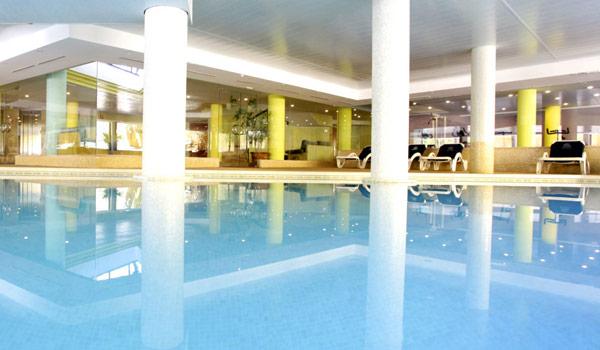 600x350-Cala-Milor-Garden-hotel-binnen-pool