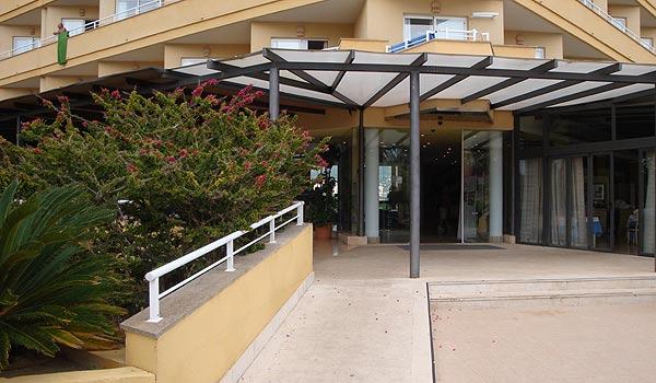 600x350-Cala-Milor-Garden-hotel-ingang
