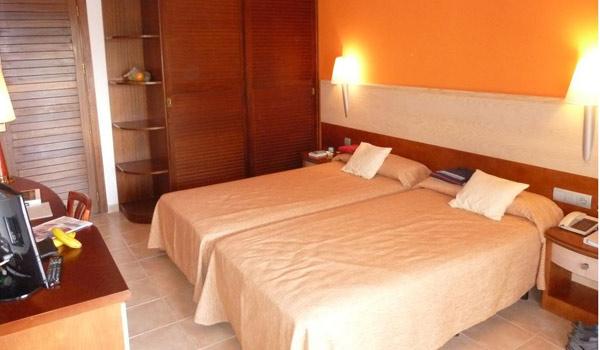 600x350-Colonia-Sant-Jordi-Resort-Kamer