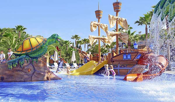 600x350-Colonia-Sant-Jordi-Resort-pool-boot