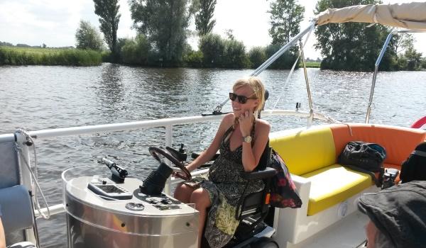 600x350-Fluisterboot-rolstoeler-achterstuur