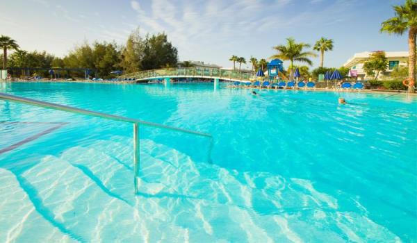 600x350-Lanzarote-Hotel-THB-TROPICAL-ISLAND-pool-intre