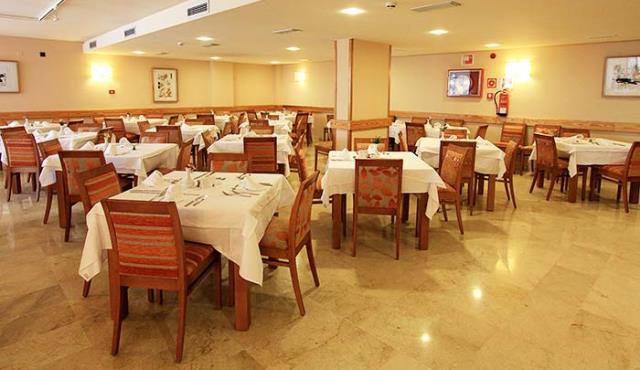 640x370-protur-palmeras-palya-hotel-dinner